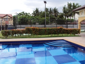 pool & basketball court