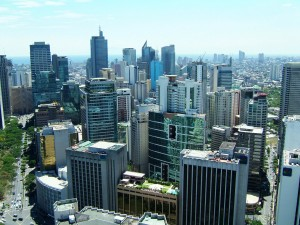 Manila-Skyline-Makati-Paseo-de-Roxas-Citibank-Tower-May-2005-01