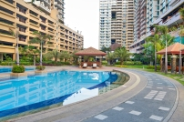tivoli-garden-residences-swimming-pool-view